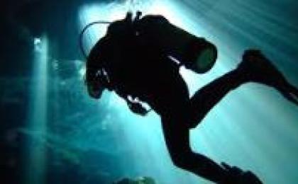 Plníme potápěčské láhve